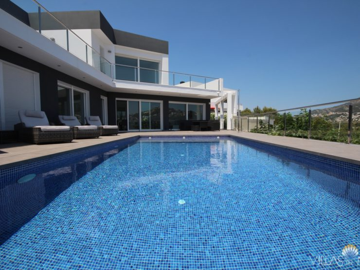 Moraira – New build luxury villa with all comforts!